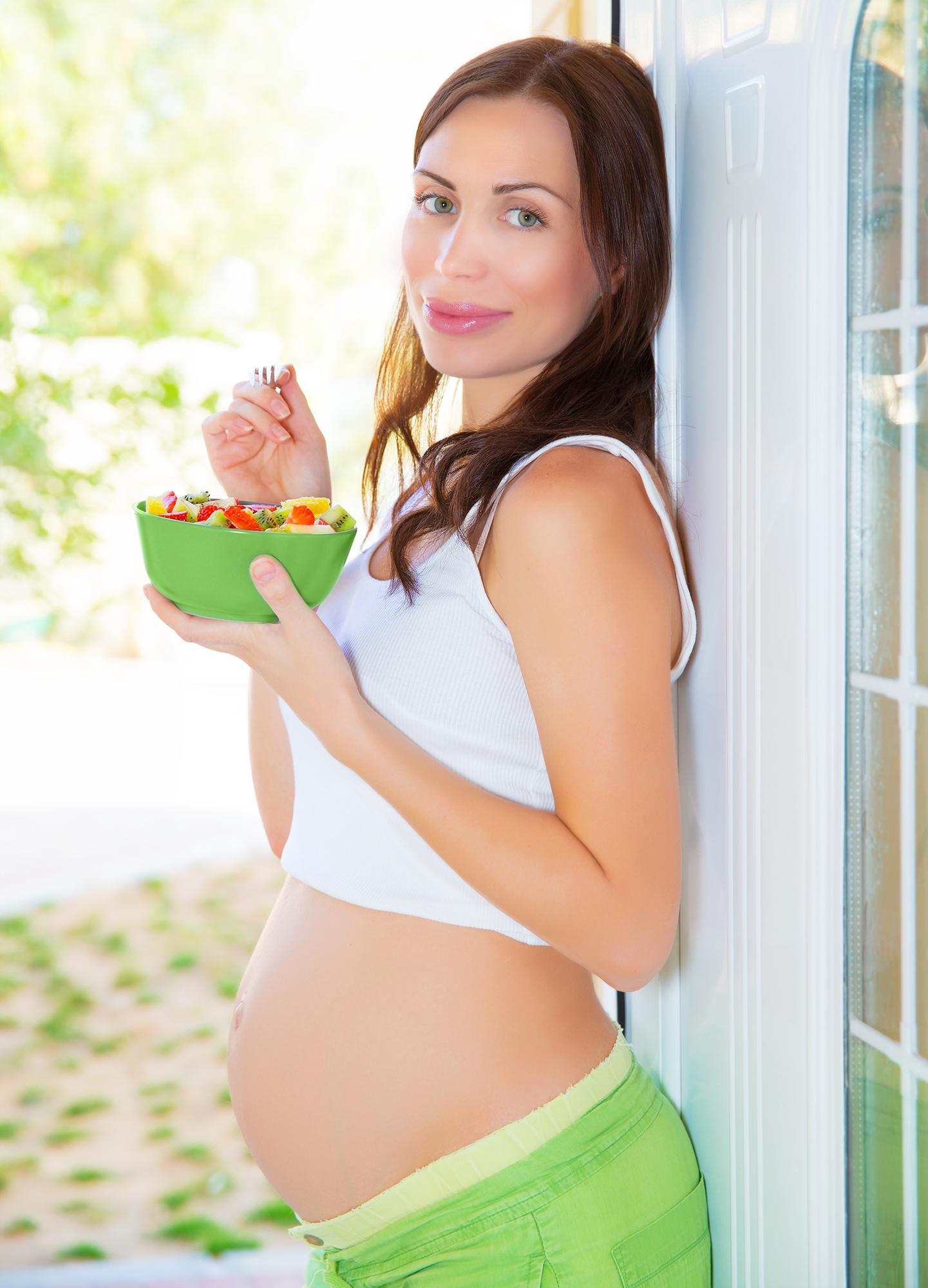 Ce fructe sunt indicate pe perioada sarcinii?