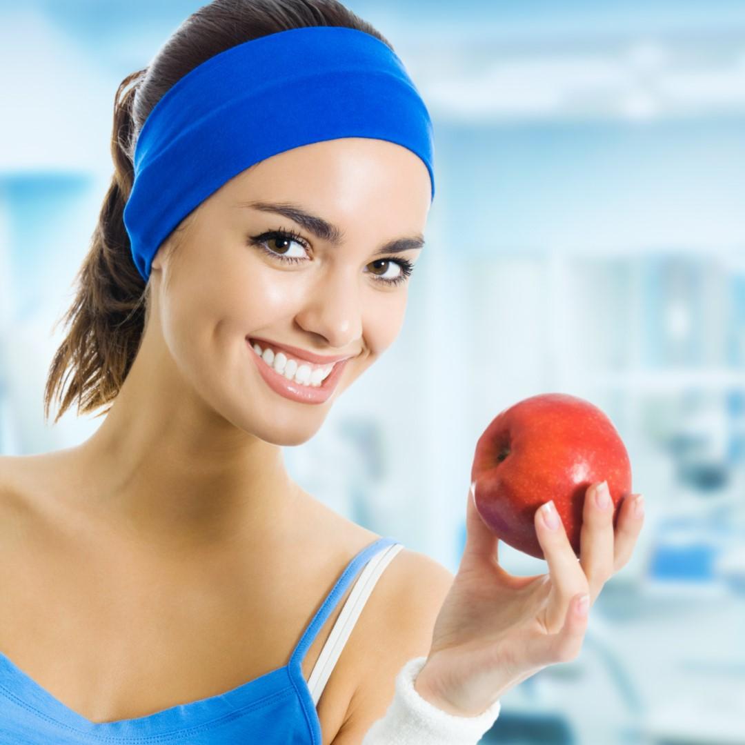 Un măr pe zi, ține doctorul departe – adevăr sau mit?